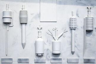 Anika Schwarzlose – Disguise and Deception, installation view