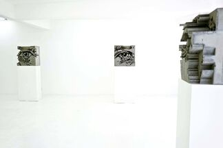 Décombres by Vhils, installation view