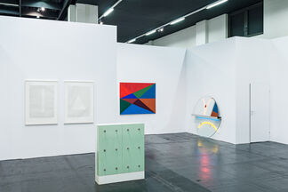 Häusler Contemporary at Art Cologne 2015, installation view