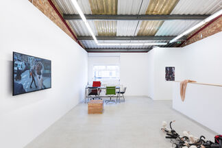 Group Show '] ['(organised with Damian Griffiths), installation view