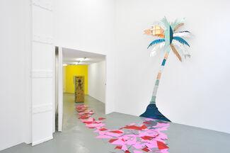 Gary Webb - Eye Ball Story, installation view
