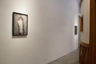 Erwin Olaf : Berlin/Keyhole, installation view