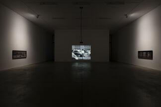 """VICTOR BURGIN """"The Ideal City"""", installation view"""