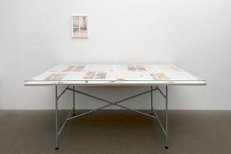 Olaf Nicolai: Der 673. Morgen, installation view