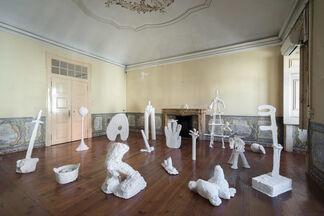 The White Goodbye: o que entra pelos olhos e sai pelas mãos, installation view