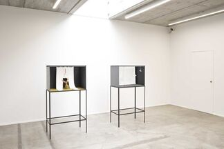 Jan Fabre - Kijkdozen, Denkmodellen & Tekeningen, 1977 - 2008, installation view