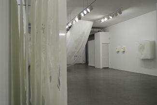 ANGELA GLAJCAR-White Glass, installation view