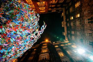 David Kracov: Gift Of Life at the Plaza Athenee, Paris, installation view