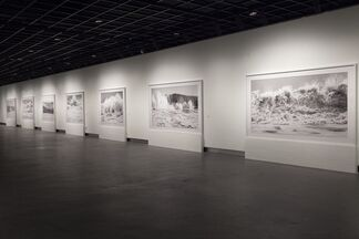 Clifford Ross: Hurricane Waves, installation view