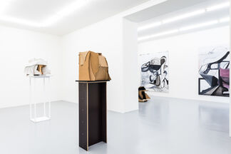 MATTHIAS ZINN – K ö p f e [Heads], installation view