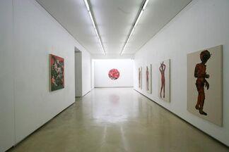 "YOO Jung Hyun ""Star and Black fragment"", installation view"