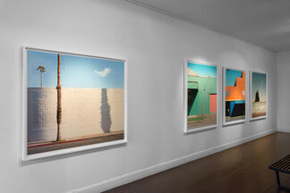 GEORGE BYRNE - COLOR FIELD, installation view