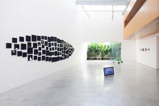 Porcelana e Vulcão, installation view