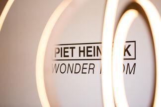 Wonder Room, installation view