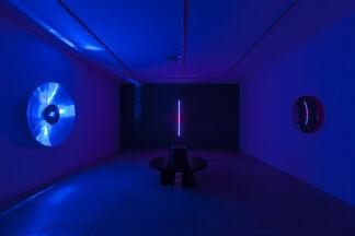 Chris Levine: Light is Love, installation view