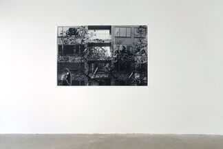 Tapping on Windows, knocking on Walls, installation view