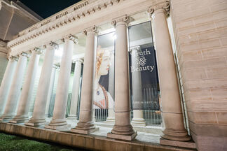 Truth and Beauty: The Pre-Raphaelites and the Old Masters, installation view