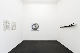 Gary Kuehn »Gestures and Twists«, installation view