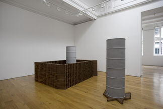 Alison Wilding: All Cats Are Grey..., installation view