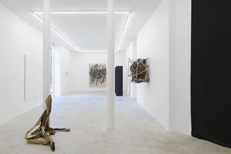 "Group show ""Ormai"" with works by Meriem Bennani, Robert Bittenbender, Peppi Bottrop,  Xinyi Cheng,  Kayode Ojo, Tobias Spichtig, Davide Stucchi, installation view"