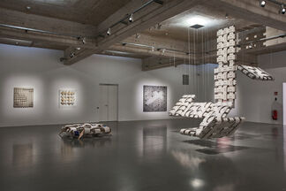 THOMAS BAYRLE: If It's Too Long— Make It Longer, installation view