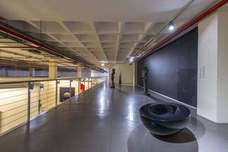 Plaza Worker, installation view