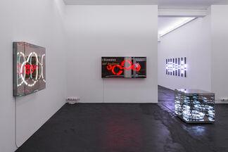 Brigitte Kowanz »Dots and Dashes«, installation view