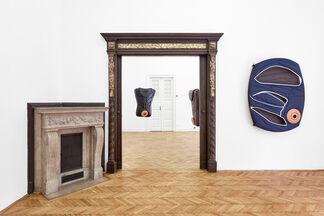 anthropots, installation view