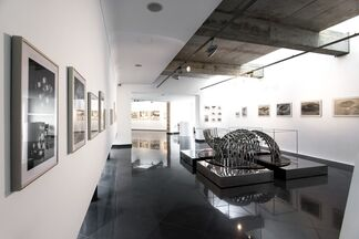 Recording Traces (1970-1990), installation view
