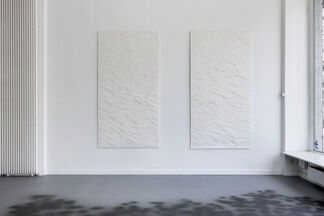 Sophie Whettnall - Longueur d'ondes, installation view