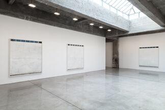 Uta Barth, installation view