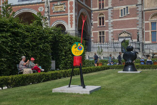Miró in the Rijksmuseum Gardens, installation view