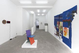 Off-Nostalg(h)ia, installation view