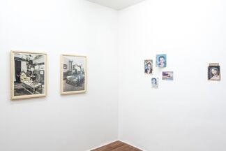 La mirada Re-Vuelta Alberto Ybarra - Mildred Burton Cita a Ciegas, installation view