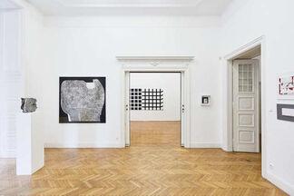 noir et blanc, installation view