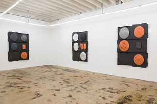 Cash Me Out, installation view