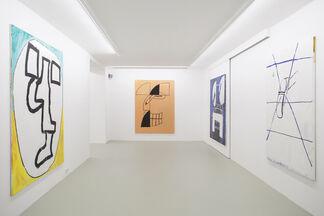 Tom Król 'Hugs & Kisses', installation view