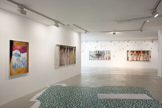 Alex Dordoy - Caster and Krast crack autumn, installation view