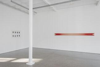 Michael Venezia - SPRAY, installation view