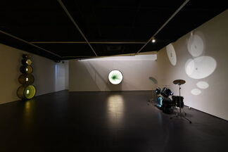 Ivan Navarro- The moon in the water, installation view