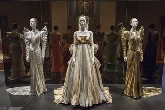 Heavenly Bodies: Fashion and the Catholic Imagination, installation view