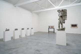 Jeff Koons: Now, installation view