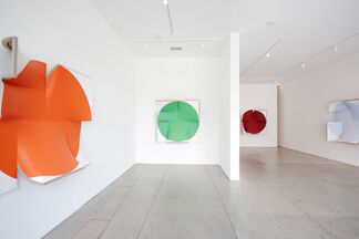 Jan Maarten Voskuil and Stephanie Bachiero, installation view
