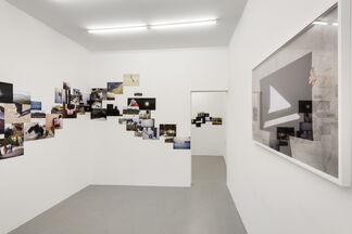 Carole Douillard - Dog Life - Unfolded Pictures, installation view