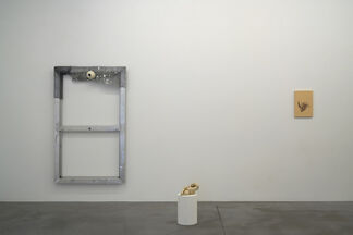 CONSCIOUS BECOMING / curated by Tatjana Pieters, installation view