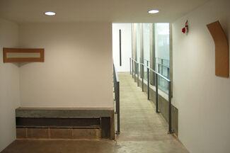 Lesley Foxcroft: Corners, installation view