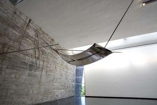 Iole de Freitas: O Peso De Cada Um, installation view