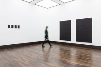 Long Distance Call, installation view