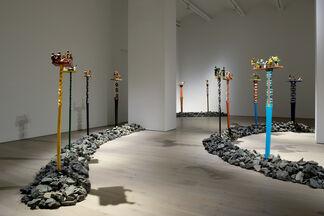 "ALOALO ""MAHAFALY SCULPTURES OF THE EFIAIMBELOS"", installation view"