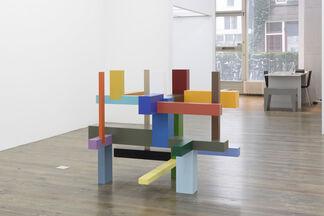 Krijn de Koning, Verticals and Horizontals, installation view